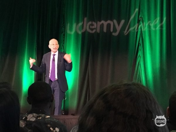 Seth Godin sharing his wisdom in front of 150 Udemy instructors at #UdemyLive 2016